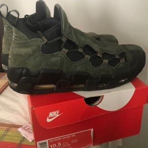 Nike Shoes - Nike Air More Money Size 10.5